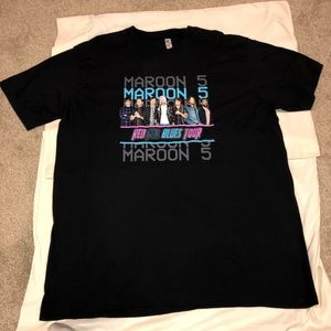 Maroon 5 Red Pill Blues Tour T-shirt!